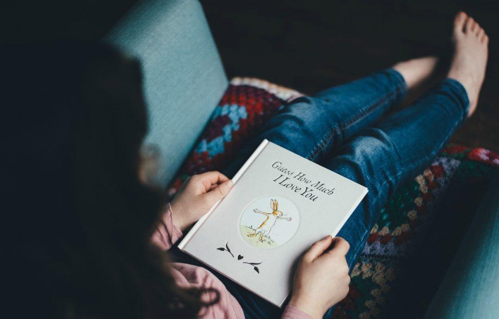 adivina cuanto te quiero leyendo durante el embarazo